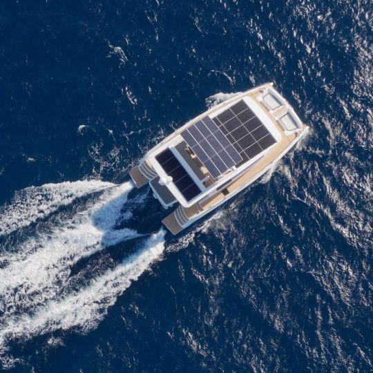 Essais en mer du Silent Yachts 55