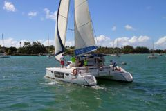 Rather light, well covered and favoured by a reduced wet surface, the Mahé 36 is convincing under sails.