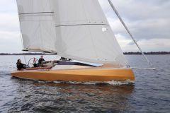 Speedlounger 8500 an ultra-designed aluminium dayboat